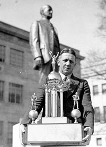 E.A. Diddle w/ SIAA trophy