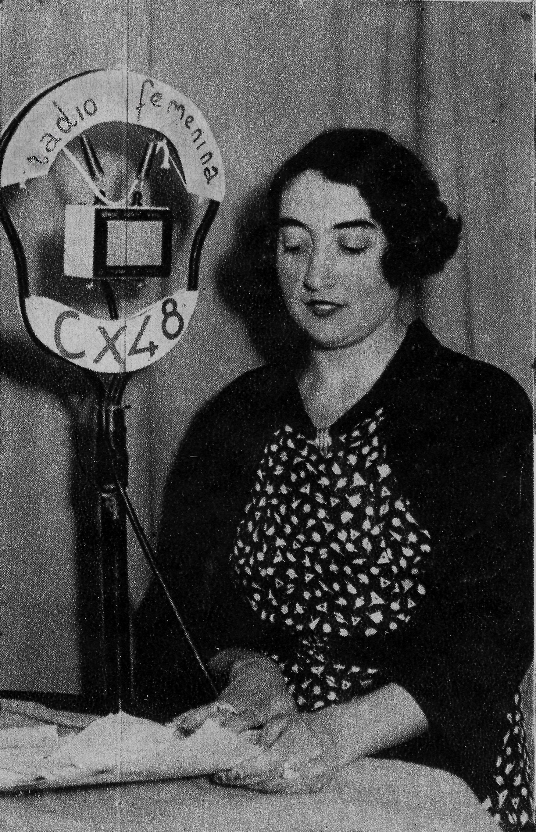 CX48 Radio Feminina