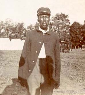 """Bill,"" an African-American soldier photographed by Bowling Green native Frank M. Thomas, then serving as chaplain for the 3rd Kentucky Infantry during the Spanish-American War"
